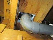 天井裏ドレン配管